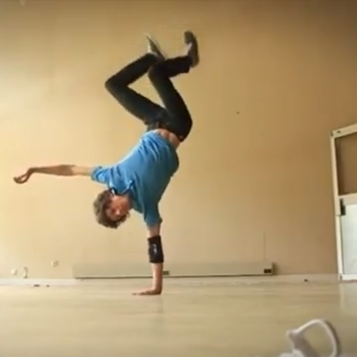 awolnation_sail_yoga_breakdance.png