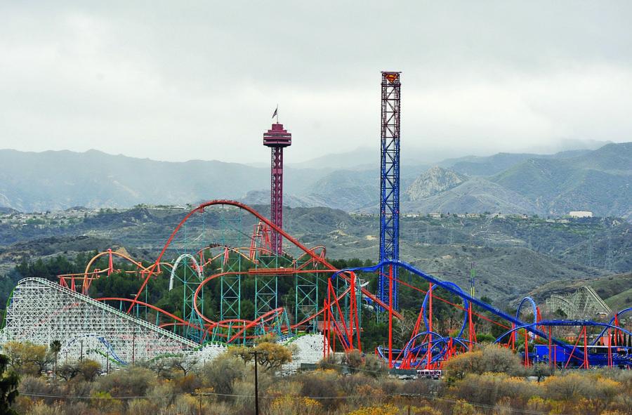 Magic Mountain -