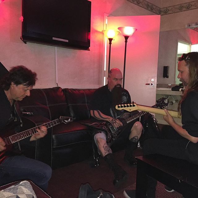 Kerry King, Andy LaRocque and Mike Wead warming up before the show.