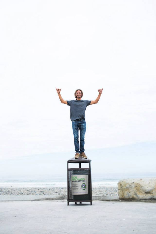 The Rob Machado Foundation installed new trash cans at Seaside and Cardiff State Beaches to encourage beachgoers to pick up their litter.