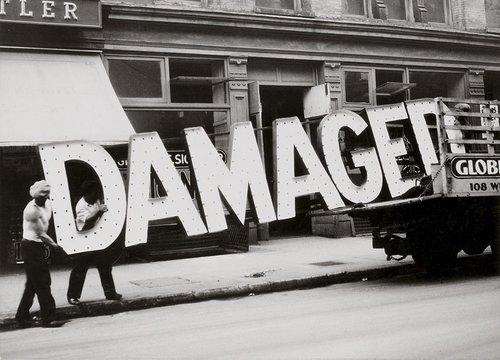 Walker Evans,  Truck and Sign  1928-1930 [7] [9]