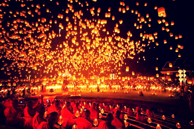 lanterne-volante-Loy-Krathong-Festival3.jpg