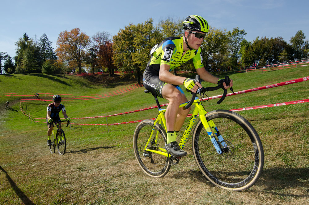 2016102912585130-cxpanamchamps.jpg