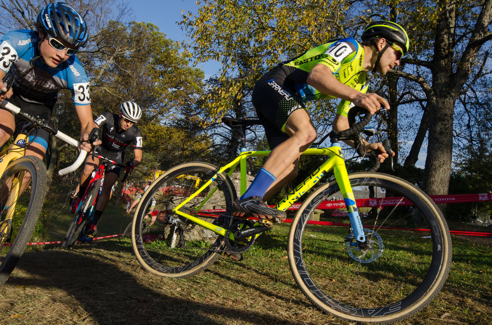 2016102916135020-cxpanamchamps.jpg