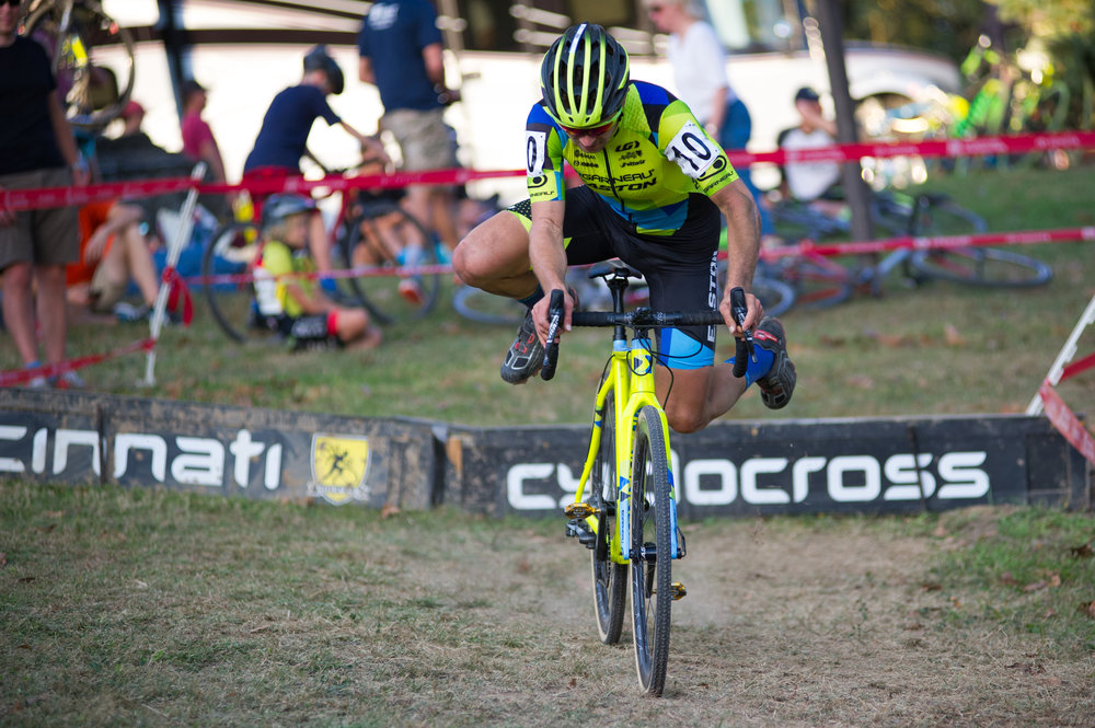 2016102916494948-cxpanamchamps.jpg