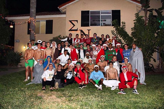 Good things come to those who wait. Happy Holidays from the brothers of Sigma Nu! 🎄