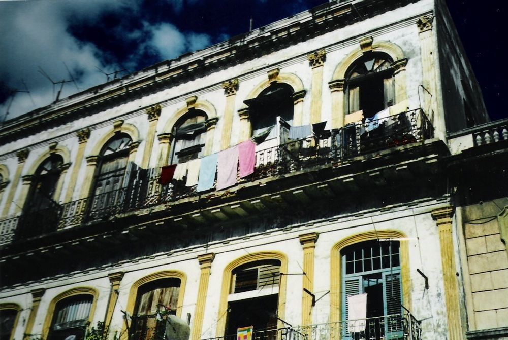 Cuba_Laundry Yellow Bldg