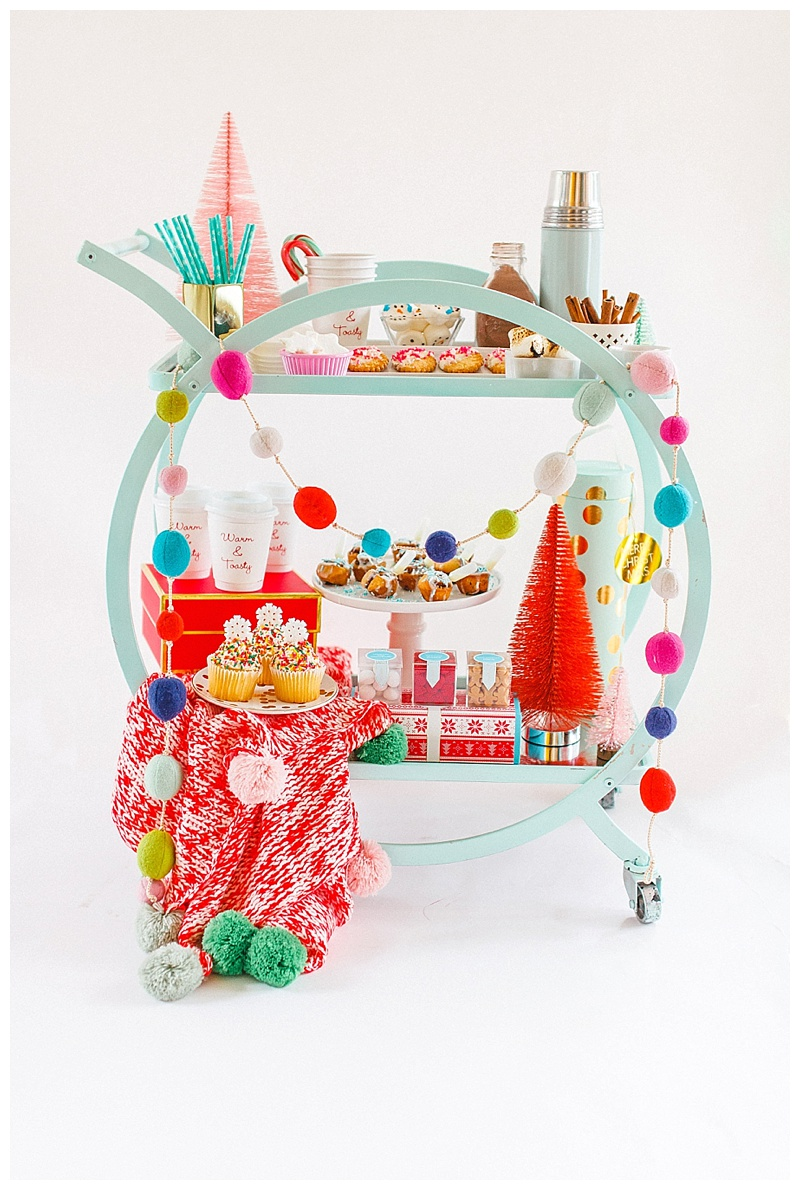 Cake & Confetti Meredith Staggers Houston Blogger Christmas Cart