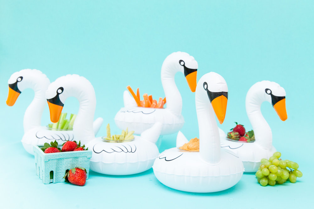 Inflatable Swan Snack Cups | Meredith Staggers, Cake & Confetti
