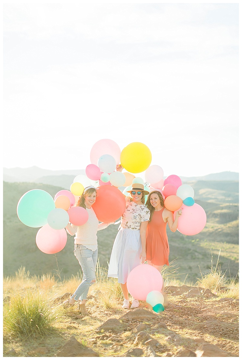 Girls trip to Marfa, Texas with Meredith of Cake & Confetti and Michelle and Alyssa, the photographers behind Cotton Lifestyles & Cotton Weddings