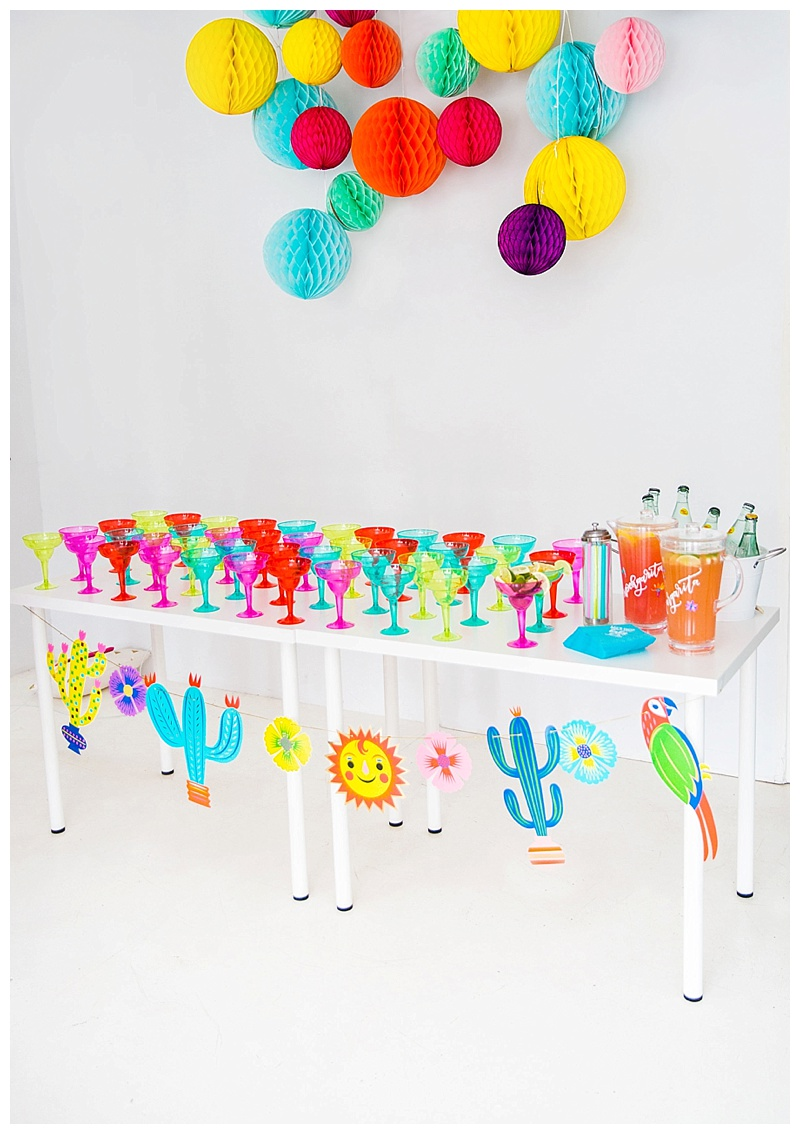 margarita-bar-fiesta-baby-shower-cake-and-confetti