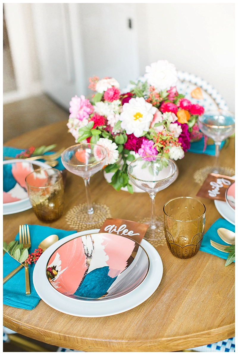 Photo by Ailee Petrovic  Calligraphy by Meg Grant + Co  sc 1 st  Cake u0026 Confetti & STATEMENT GLASSES THAT WILL TRANSFORM YOUR TABLE SETTING FOR FALL ...