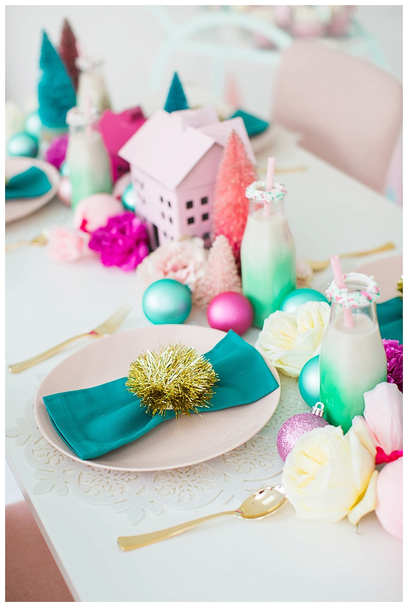 cake-and-confetti-christmas-table