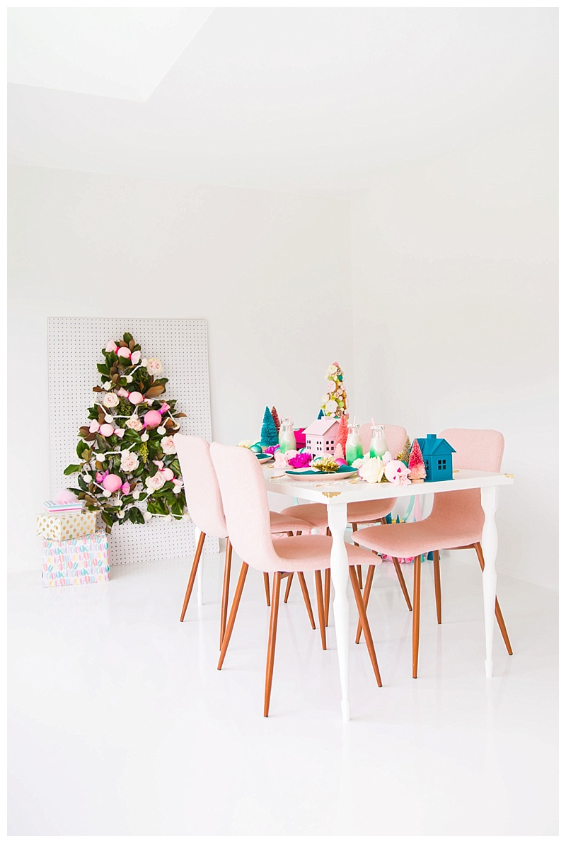 cake-and-confetti-christmas-tablescape
