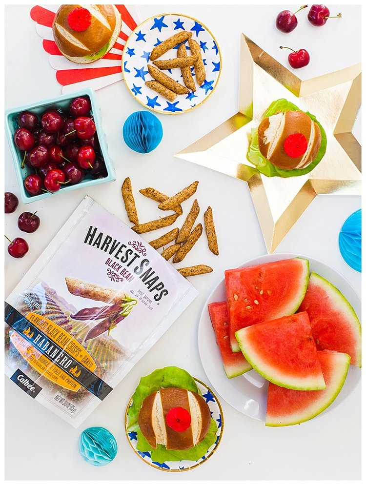 Crunchy+Habanero+Chicken+Sliders+by+Meredith+Staggers,+the+gal+behind+Cake+&+Confetti+a+Houston+based+lifestyle+and+party+blog_.jpg