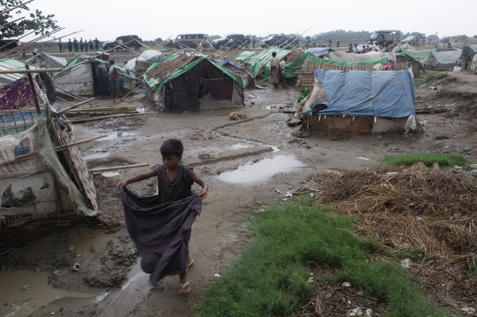 Exiled Rohingya boy in a squalid refugee camp in Myanmar, and although aid is being sent, the refugee crisis continues to grow. Source: Steve Gumaer, Flickr