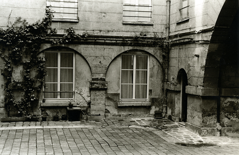 Courtyard Apartment, Paris