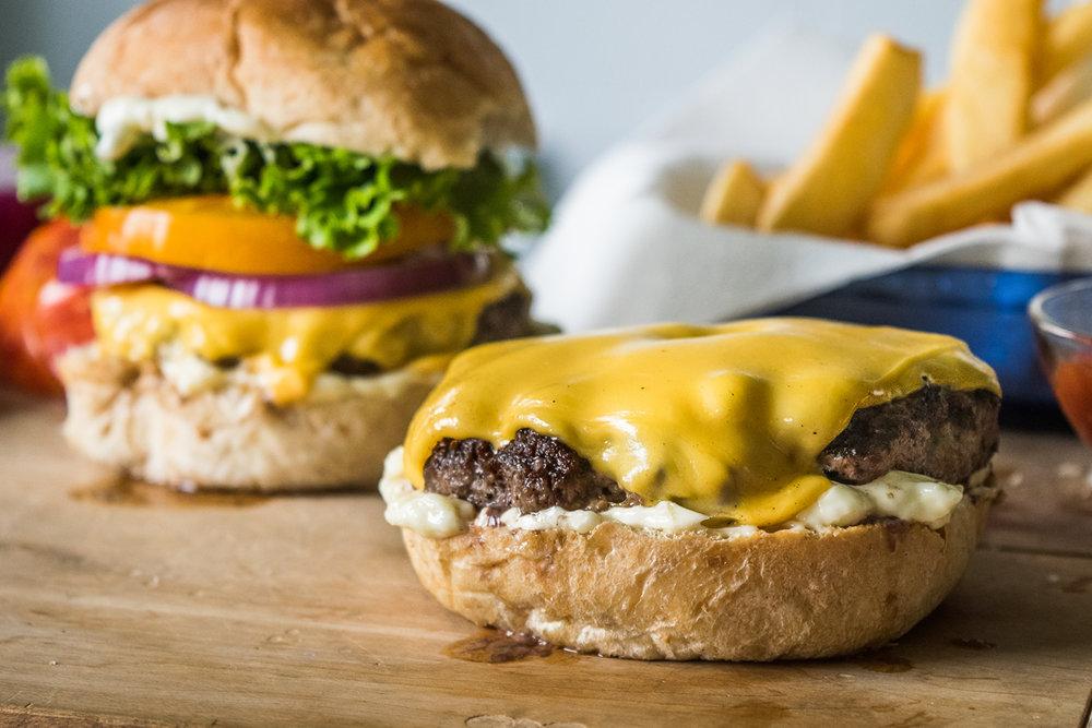 2015_08_17_Burgers-9.jpg