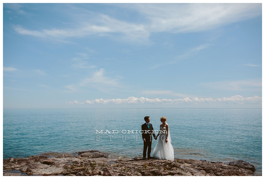duluth wedding photographer | mad chicken studio | Darrick and Laura on Lake Superior | Monique Lhuillier gown
