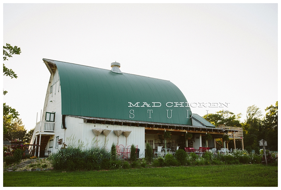 Brule River Barn Wedding and Event Center wedding shoot styled by Simply Gypsy events and photography by Duluth Wedding Photographer, Mad Chicken Studio