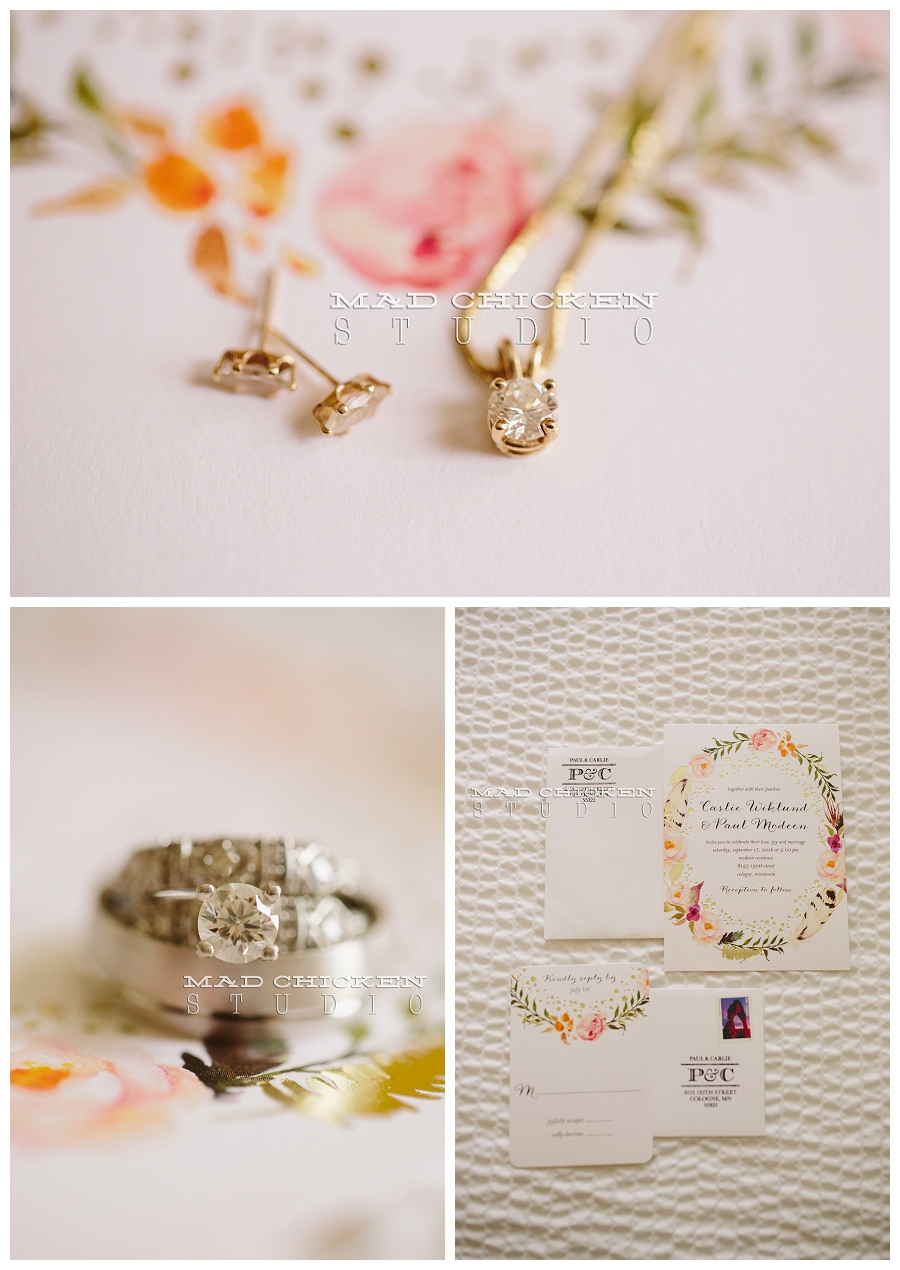 Minneapolis wedding photographer | Mad Chicken Studio | Wedding Paper Divas