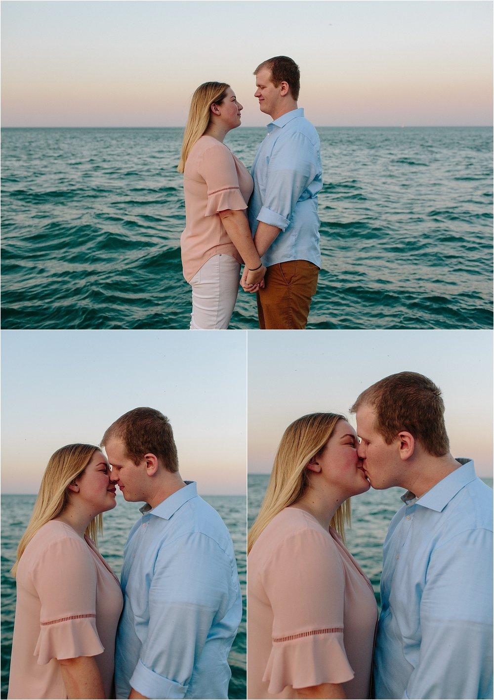 chicago-sunset-engagement-shoot-9.jpg