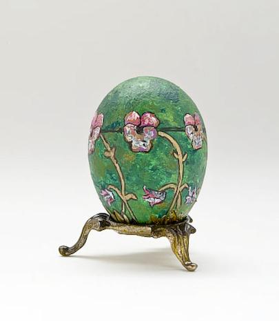 Pansy Egg