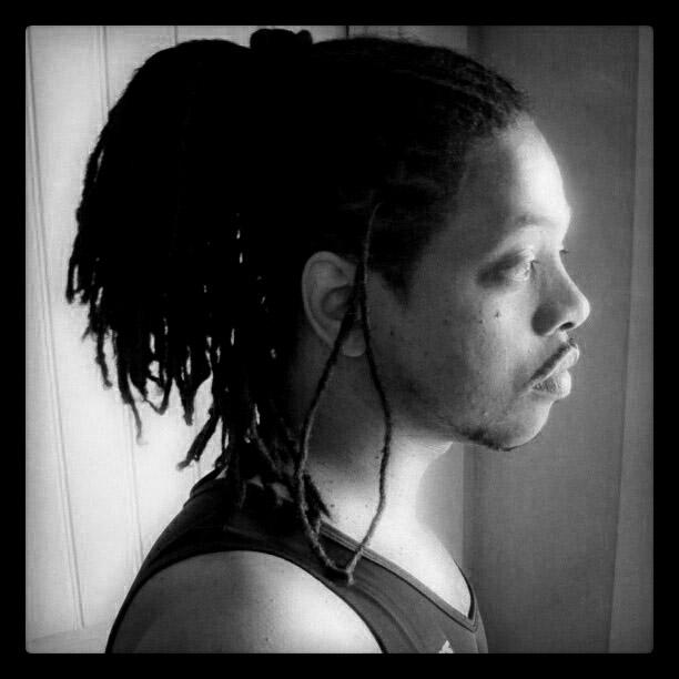 profile_bw_m2cbql2yBl1qlyyjjo1_1280-3.jpg