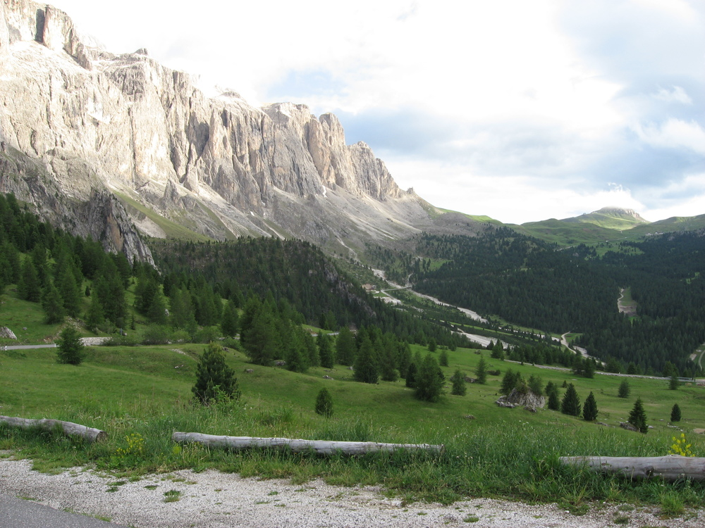 sella pass cycling in the dolomites