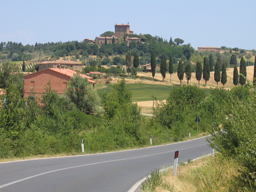 cycling in tuscany italy