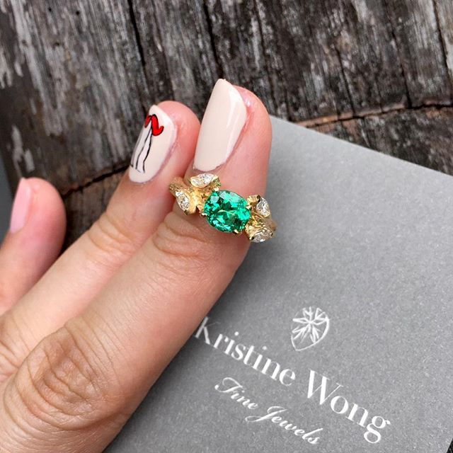 A shared dream rooted in faith, a promise to flourish wherever planted, and a clear vision of what's ahead.  No oil, no treatment, vivid green natural Colombian Emerald, flanked by marquise shaped diamond leaves set in 18K matte yellow gold with branch detailing.  Uncompromising love and quality, a jeweller's absolute joy!  #kristinewongfinejewels #kwfj #finest #colombian #emeralds #vivid #green #nooil #diamonds