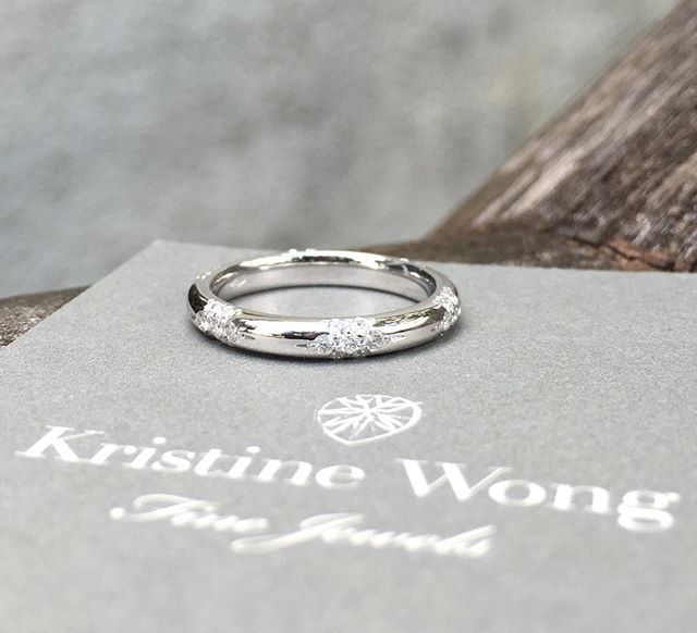 Two years late to post, but better late than never for one of the prettiest and daintiest rings we've made! #kristinewongfinejewels #madeinitaly #wedding #weddingband #sgwedding
