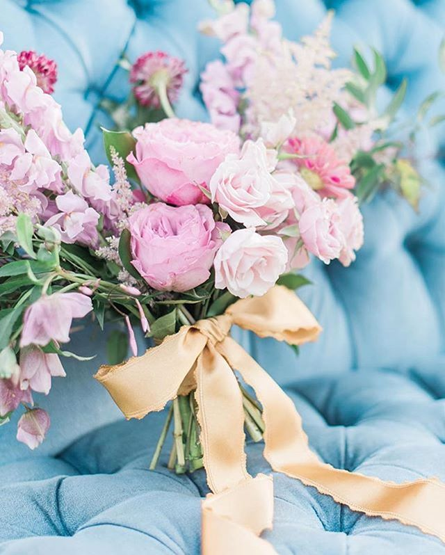 Pinks, blues, golds and greens 💕✨🌿 I love the way @rachelelainephoto captured this bouquet! ・・・ Venue: @howellfamilyfarm Wedding Planner: @eventsbyjadeb @ellenckiesel  Photography: @rachelelainephoto Rentals: @corallanetx Flowers: @foxandthefleur Invitations + Paper Products: @properletter Wedding Cakes: @thebutterflycakefactory  Macarons: @macsmacarons Labels: @joielabels