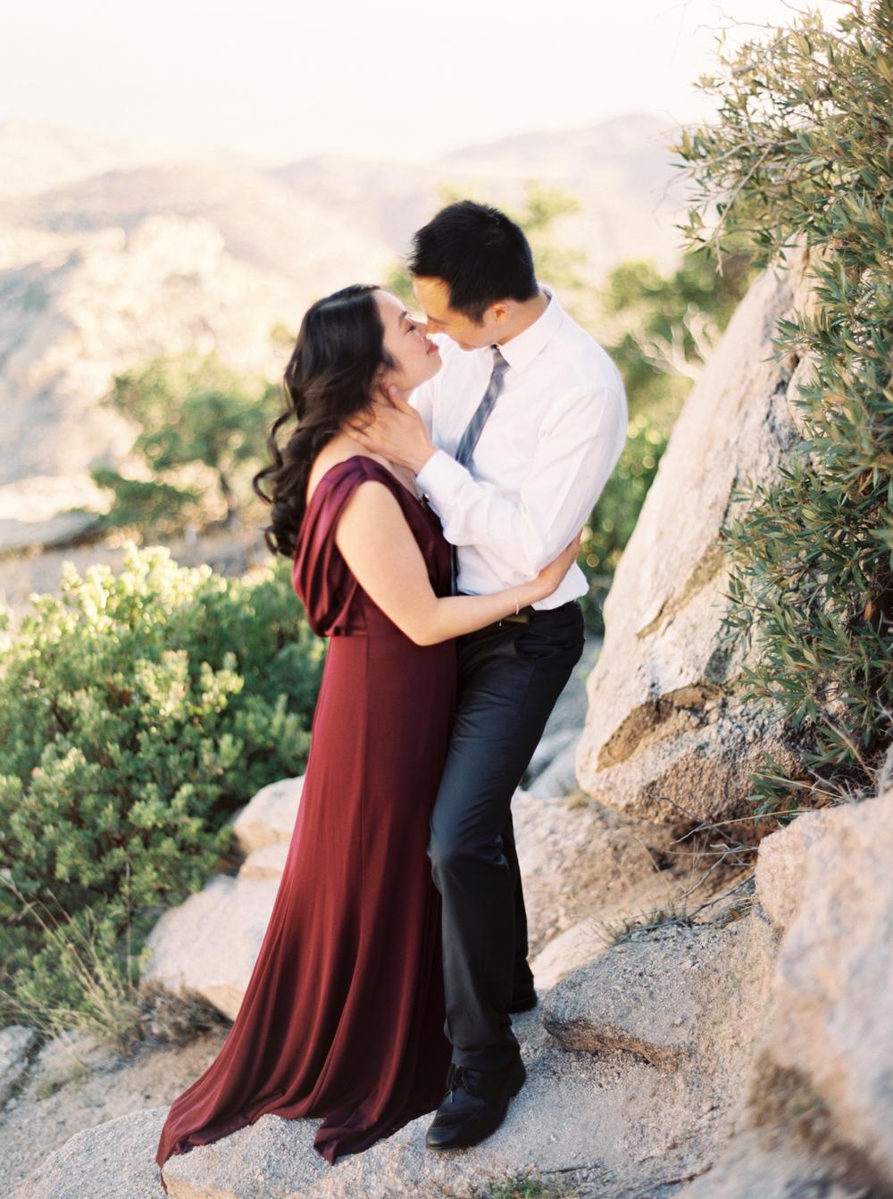 RomanticMountaintop-NicoleBerrett0003.JPG