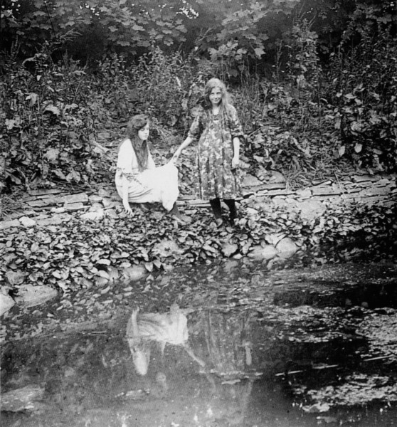 Elsie Wright (left) and Frances Griffiths (right), the two girls responsible for The Cottingley Fairies photographic hoax.