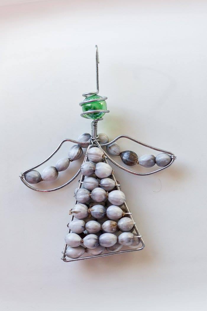 XM08 - Beaded Angel Christmas Decoration