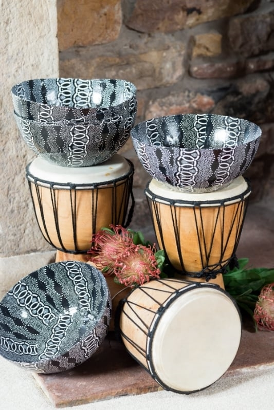 HD05 - Shwe Shwe design paper art bowls