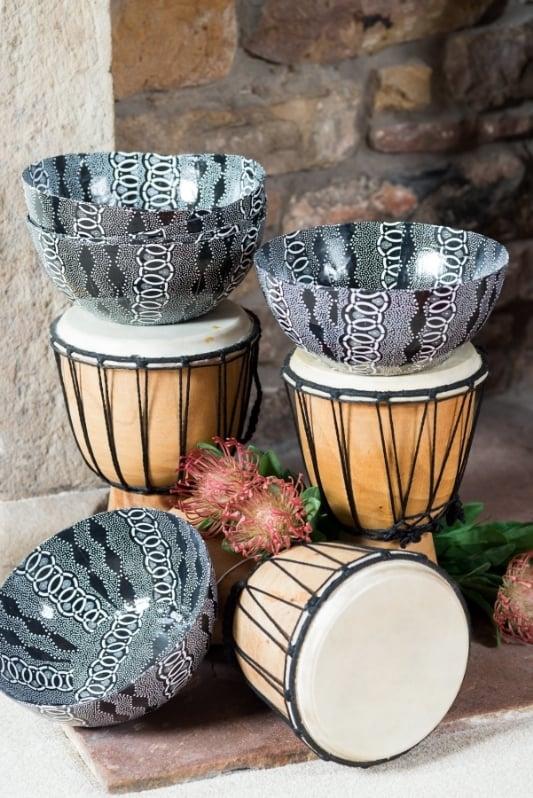 HD05 - Shwe Shwe design paper art bowls