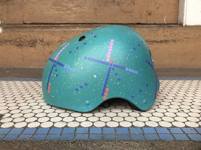 This #pdxcarpet helmet has been a recent popular request (one of my favorite designs and favorite airport floors). My third one in the last 3 weeks. Does that mean @pdxcarpet is sold out of doormats?