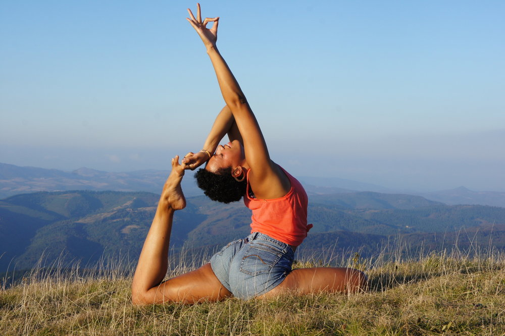5 Fantastic Reasons To Take Your Yoga Practice Outdoors Yobaba Lounge
