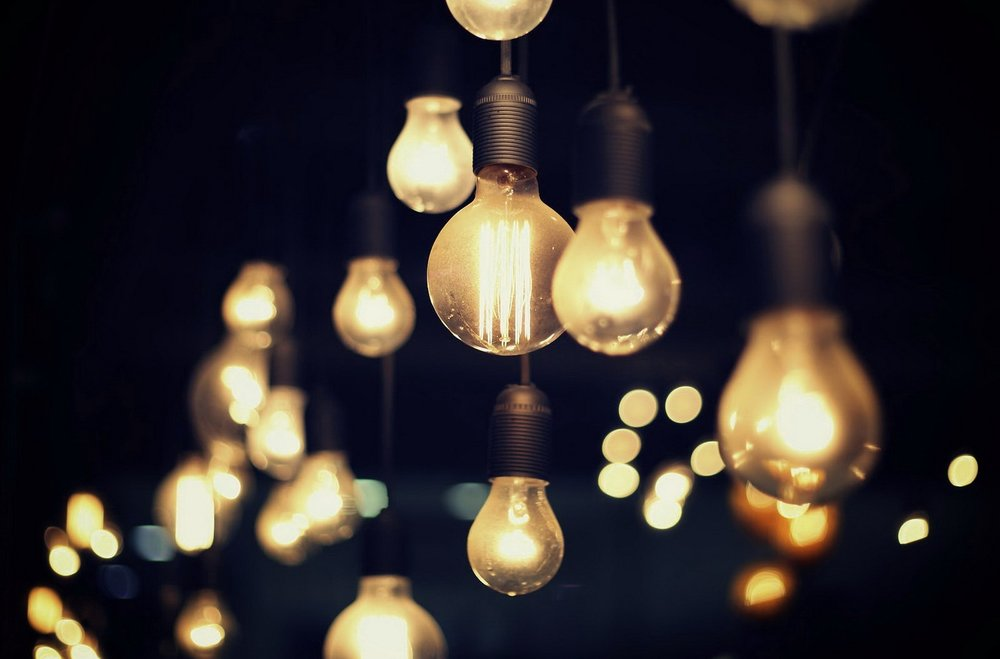 lightbulb53.jpg