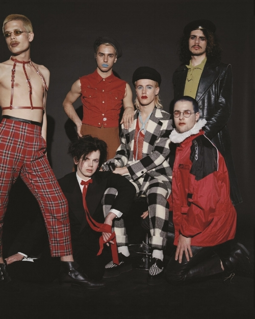 "HMLTD - London sextet HMLTD are being heralded as ""the UK's most thrilling new band"" (NME) and ""a mix of music hall, spaghetti westerns, gay clubs, hedonism, iconoclasm, David Bowie, Talking Heads and Adam Ant rolled into one exhilarating whole"" (Dazed)"