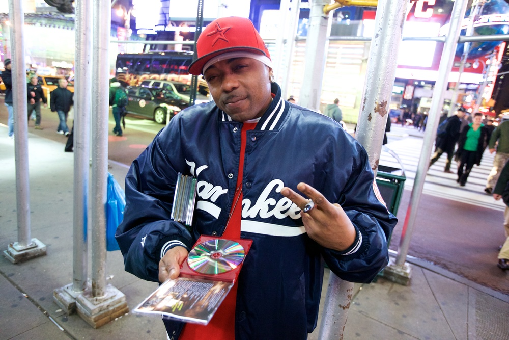 RAPPER AT TIMES SQUARE