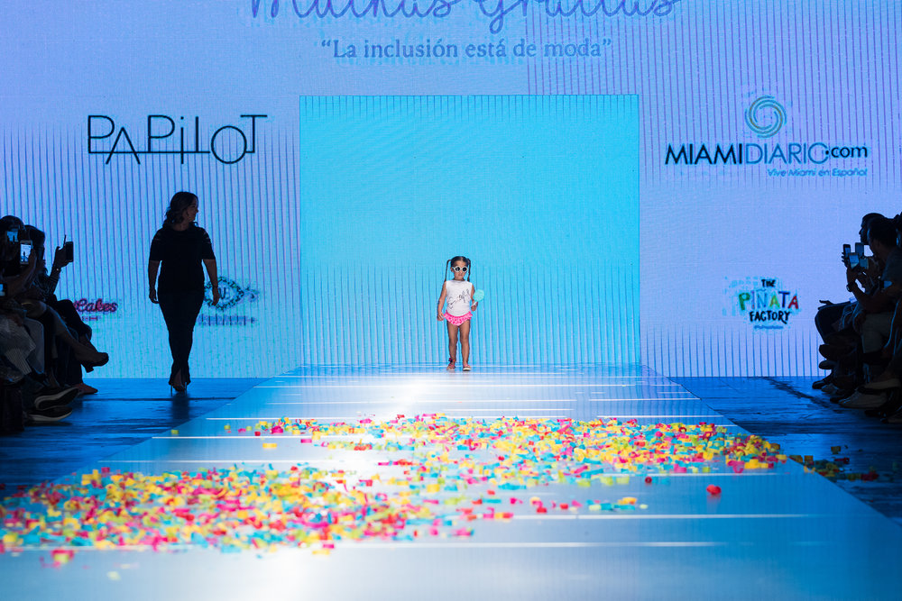 Iluminemos de Azul | Miami Fashion Week 2018