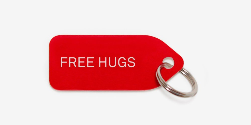 growlees_Red-Free-hugs.jpg