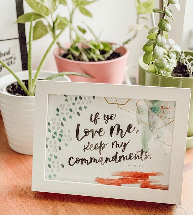 Love seeing how my work is displayed in my clients' homes like this downloadable print (available at the link in my profile). Hand painting these details is therapeutic for me. I love thinking about the words and how they might inspire and impact those that will hold hard copies of my digital product in their hands. Tag your YW leaders!