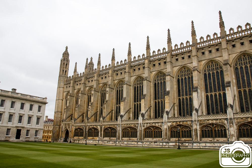 King's College Chapel built in the late 1400s.