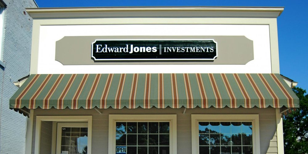 Edward_Jones_Sues_Itself