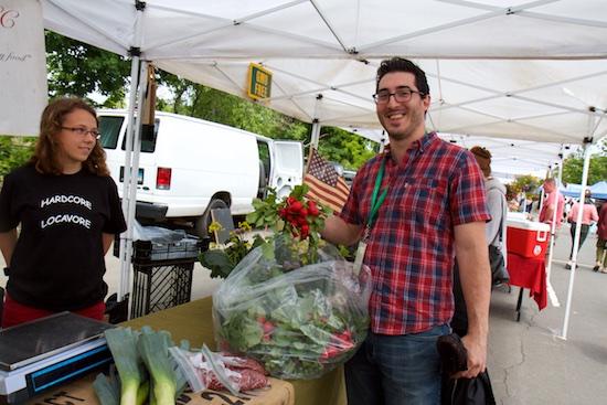 westport_farmers_market_opening_201510.jpg