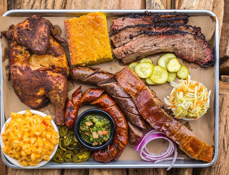 hoodoo_brown_bbq_2017.jpg